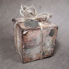 that crazy chick: sending you... using Tim Holtz, Ranger, Idea-ology, Sizzix and Stamper's Anonymous products; Mar 2015