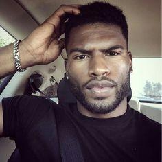 Pin for Later: 41 Bearded Men So Hot, They Will Melt Your Computer Screen Selfie on Point Men In Black, Gorgeous Black Men, Handsome Black Men, Beautiful Men, Black Guys, Beautiful People, Broderick Hunter, Dark Skin Men, Beard Model