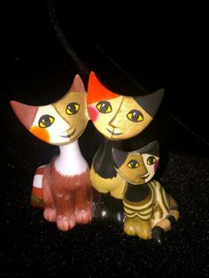 """Goebel  Cat Ornament """"Happy Family"""" Cats by Rosina Wachtmeister~COLLECTORS ITEM"""