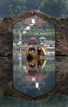 List of top 10 tourist places in srinagar kashmir. Pick from any of these top tourist places in srinagar kashmir providing basic and modern facilities at pocket-friendly price. Srinagar, Places Around The World, Around The Worlds, Beautiful World, Beautiful Places, Kashmir India, Amazing India, Paradise On Earth, Lost Paradise