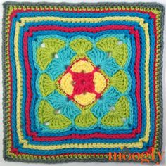"""Moogly CAL 2017 Block #5: All Aflutter 12"""" square by Oomawka Design - free crochet pattern."""