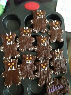 How yummy do these Gruffalo biscuits look? 3rd Birthday Parties, 4th Birthday, Party Games, Party Favors, Gruffalo Party, Paleo Meatloaf, Party Food And Drinks, Baby Party, Childrens Party