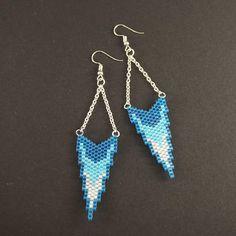 Tiny Earrings, White Earrings, Seed Bead Earrings, Chain Earrings, Seed Bead Art, Dark Blue, Light Blue, Bead Crochet Patterns, Beaded Earrings Patterns