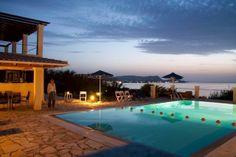 Villa Blue Whale in Karousades, Corfu, Griekenland. http://www.micazu.nl/vakantiehuis/griekenland/corfu/karousades/villa-blue-whale-543/