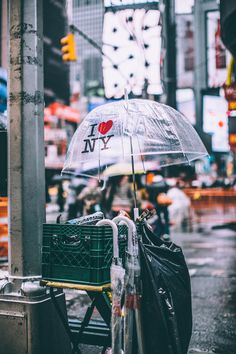 Rain doesn't stop New Yorkers