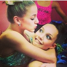 Chloe and maddie! Cutest pic ever <3