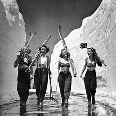 Bikini Top Ski Gals Poster Girls Gone Skiing Poster Ski Vintage, Vintage Ski Posters, Etsy Vintage, Barbour, Top Ski, Architecture Tattoo, Vintage Hawaii, Ski Fashion, Star Girl