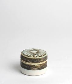 Ceramic box by Yasuko Ozeki