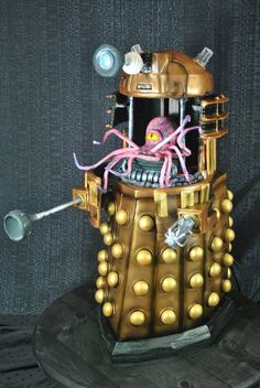 Dalek and Kaled Mutant Cake from Bleeding Heart Bakery