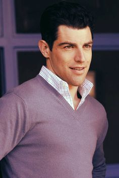 Max Greenfield- He is gorgeous!!