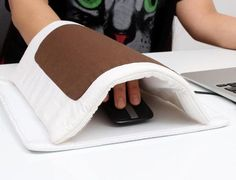 No more cold fingers!!!! Mouse pad has of three parts- mouse pad , a comforter, and a little pillow. The comforter contains a removable USB heater that allows you to connect it to your computer in order to keep your hand warm during using your computer.