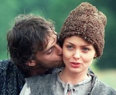 Aleksandr Domogarov as Jurko Bohun and Izabella Scorupco as Helena [on set] Ogniem i mieczem