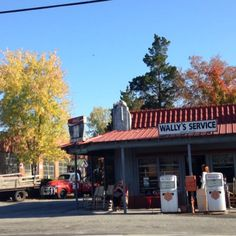Wally's Service Station in Mount Airy, NC is home of the Mayberry Courthouse and Squad Car Tours