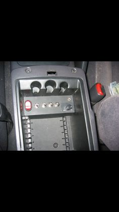 99 Ford Explorer Fuse Diagram (Interior and Engine Bay