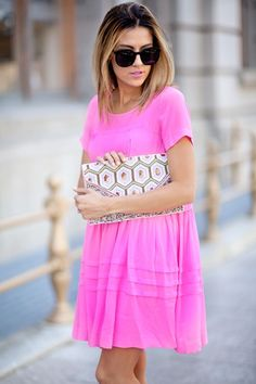 like the color and dress as a whole.. even thing the purse is adorable: Hello Fashion, Summer Dress, Street Style, Outfit, Spring Summer, Fashion Blog, Pink Dress
