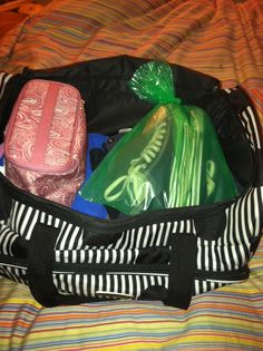 Store shoes in an #OdorNo bag while #traveling to keep clothes clean and prevent your luggage from smelling!