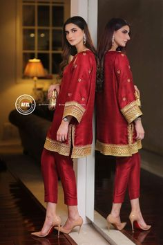 New Dress Hijab Fashion Colour 24 Ideas Pakistani Fashion Party Wear, Pakistani Wedding Outfits, Pakistani Couture, Indian Outfits, Indian Fashion, Nikkah Dress, Shadi Dresses, Pakistani Formal Dresses, Pakistani Dress Design