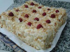 Tarta Napoleon: galletas de hojaldre con crema de mantequilla