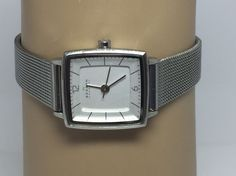 Skagen SKW2217 Strand White Dial Stainless Steel Women's Watch (D170) #Skagen #Dress