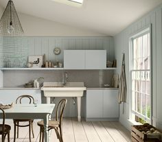The 10 Most Important Tips For Decorating On A Tight Budget - http://freshome.com/2014/08/04/the-10-most-important-tips-for-decorating-on-a-tight-budget/