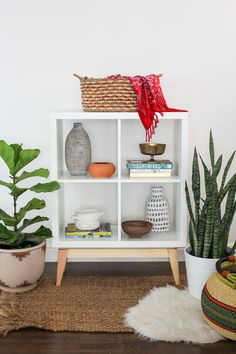 There are so many great Ikea Kallax hacks out there but which are the best? We've brought together the very best Ikea Kallax hacks for you in one place. You can create so many gorgeous and practical pieces of furniture with an Ikea Kallax. Ikea Hacks, Ikea Hack Storage, Ikea Shelves, Storage Room, Cube Storage, Hacks Diy, Kallax Shelf, Room Shelves, Ikea Table Hack