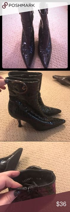 STUART WEITZMAN patent leather embossed boots 5.5 STUART WEITZMAN patent leather embossed boots 5.5 Stuart Weitzman Shoes Ankle Boots & Booties