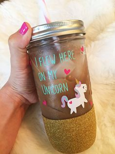 Unicorn Mason Jar Custom Mason Jar Unicorn Mug by SipSoSweet Glitter Mason Jars, Glitter Cups, Mason Jar Crafts, Unicorn Birthday Parties, Unicorn Party, Vinyl Crafts, Paper Crafts, Custom Mason Jars, Unicorn Crafts