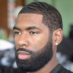 Waves are one of the most popular hairstyles for Black men with short hair; Here are 37 wave hairstyles for Black men. Black Men Beards, Handsome Black Men, Men In Black, Black Bob, Waves Hairstyle Men, Waves Haircut, Wave Hairstyles, Beard Cuts, Beard Fade