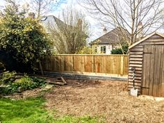 Featheredge fence on top of wall in Bristol by www.premfence.co.uk