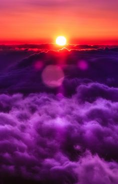 Higher Altitude fluffy purple clouds topped by a red and gold sunset with flares Beautiful Sunset, Beautiful World, Beautiful Places, All Nature, Amazing Nature, Pretty Pictures, Cool Photos, Amazing Photography, Nature Photography