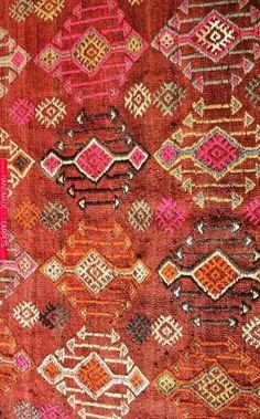 May 2019 - vintage Moroccan rug, Aït Bou Ichaouen