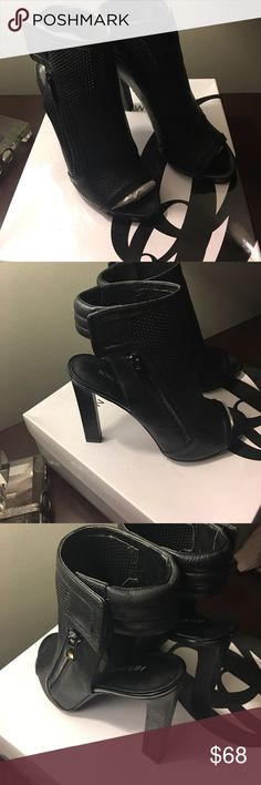 NWT NIB Nine West booties HOT 🔥 size 7.5 NWT Nine West Open toe Booties with side zipper size 7.5 Nine West Shoes Ankle Boots & Booties