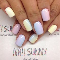 The advantage of the gel is that it allows you to enjoy your French manicure for a long time. There are four different ways to make a French manicure on gel nails. Stylish Nails, Trendy Nails, Cute Nails, Perfect Nails, Gorgeous Nails, Spring Nails, Summer Nails, Hair And Nails, My Nails