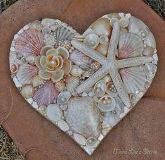 DIY Valentines Day Gifts : Seashell Heart Beach Wedding Decor Seashell Decoration Coastal Decor Heart M Seashell Art, Seashell Crafts, Beach Crafts, Seashell Projects, Driftwood Projects, Beach Wedding Decorations, Wedding Beach, Shell Decorations, Heart Wall Art