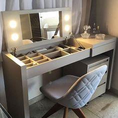 Organization Ideas For The Home Diy Closet House 16 Ideas For 2019 Diy Furniture, Furniture Design, Painting Furniture, Painting Cabinets, Furniture Vanity, Online Furniture, Modern Furniture, Diy Casa, Closet Designs