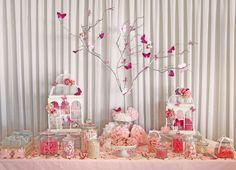 Inspiration pour une décoration de baptême et baby-shower rose