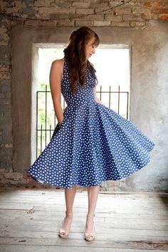 Gorgeous full skirted dress