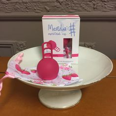 Menstrual Cup, Tiered Cakes