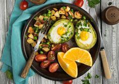 Завтрак для чемпионов. Яйца запечённые в авокадо