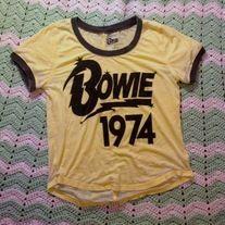L Women's David Bowie T shirt for sale vintage rock glam grunge punk rip ziggy stardust 70's nostalgia starman