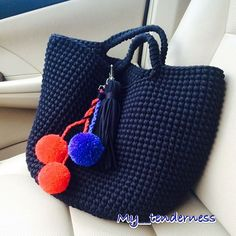 Discover thousands of images about Claudia Fontes Borsa a mano corda tote bag bo Get easy-to-understand data an This Pin was discovered by Len Crochet Clutch, Crochet Handbags, Crochet Purses, Crochet Bags, Mode Crochet, Diy Crochet, Yarn Projects, Crochet Projects, Crochet Vintage