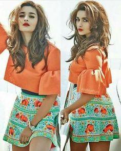 😡😡😡 nai talk to me Bollywood Celebrities, Bollywood Fashion, Bollywood Actress, Mumbai, Nice Dresses, Casual Dresses, Aalia Bhatt, Alia Bhatt Cute, Girl Fashion
