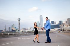 How do I get a engagement shot like this on 35? No srsly, that thing is always backed up.