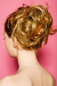 liking this hair, not so much the red ... ribbon? any way to do this without the ribbon, if that's what it is?