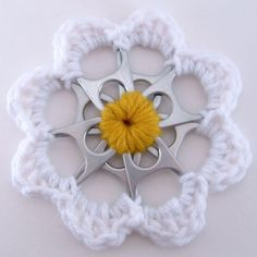 White and Yellow Recycled Silver Can Tab Daisy Christmas Ornament | SuzanneMedrano - Seasonal on ArtFire