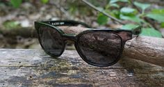 5 Tips for picking out the best sunglasses....http://50campfires.com/5-features-your-next-pair-of-sunglasses-should-have/ #sunglasses #tips