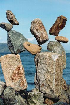 The art of stone balancing Land Art, Stone Decoration, Stone Balancing, Stone Cairns, Balanced Rock, Rock Sculpture, Stone Sculptures, Balance Art, No Photoshop