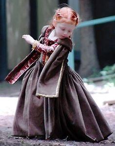 Little renaissance girl!