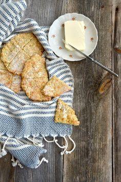 Rieskat kaurapuurosta - helppoa ja hyvää – Versoileva Bread Recipes, Cereal, Gluten Free, Breakfast, Ethnic Recipes, Medieval Fantasy, Food, Glutenfree, Essen