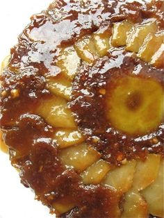 * Decadent Apple Upside-Down Cake ~ This apple upside-down cake, with its drizzle – no, make that a flood – of apple-flavored caramel, oozing over the top and dripping down the sides, is probably the most over-the-top apple dessert ever eaten! Apple Recipes, Sweet Recipes, Cake Recipes, Dessert Recipes, Just Desserts, Delicious Desserts, Yummy Food, Apple Desserts, Upside Down Apple Cake
